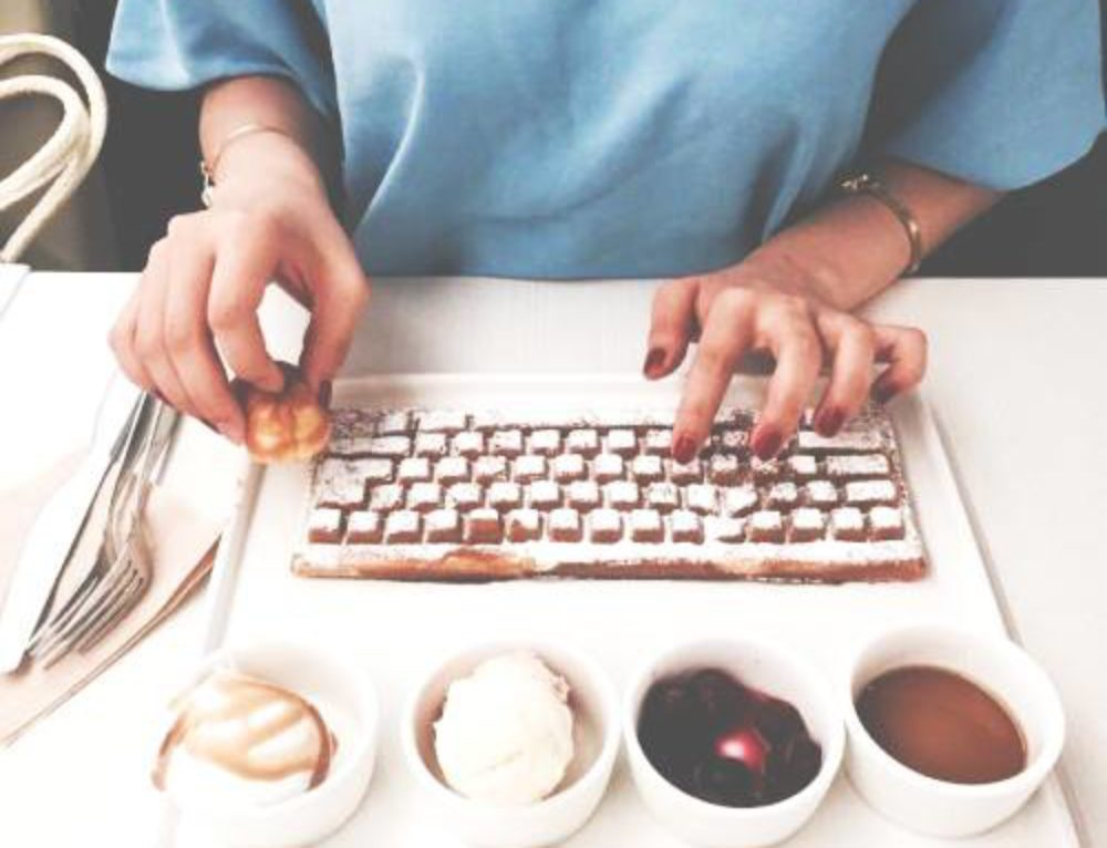 少女心噴發,鍵盤鬆餅跟滑鼠蛋糕| TAEHEE WEDDING